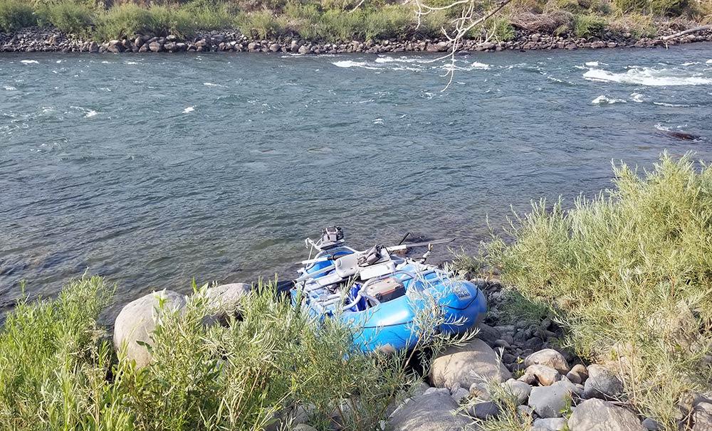 raft and turbulent upper yellowstone river