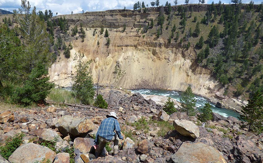 illustration of hike into grand canyon of yellowstone